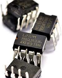 circuito i ntegrado L272M dip 8 pinos ST